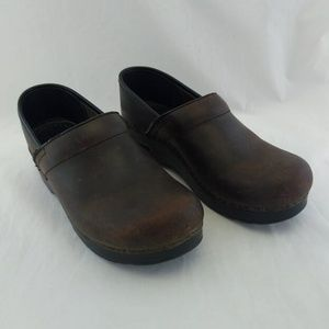Dansko 39 8.5 Womens Clogs Brown Classic Leather